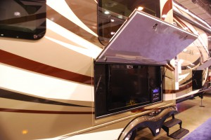 Outdoor TV on a 5th wheel