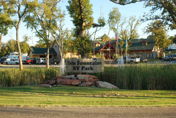 Rv Hall Of Fame >> Twin Fountains RV Park